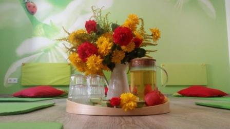 Babyraum mit Blumen